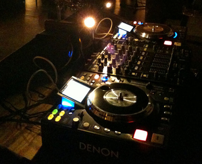 DJ-Setup-With-No-DJ-Booth